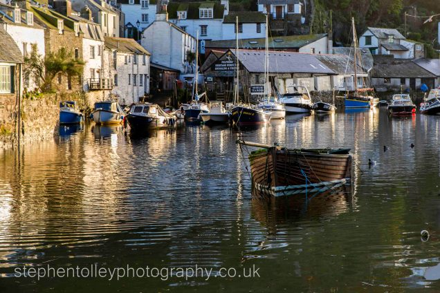 Polperro harbour in the early morning light